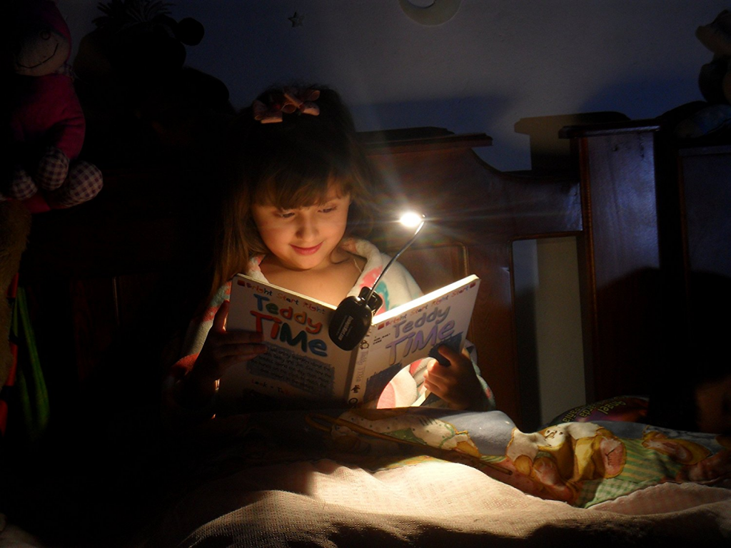 kids book light for reading in bed